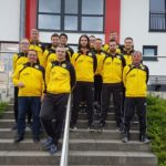 Trainerteam der JSG Grafschaft tritt nun auch optisch gemeinsam auf